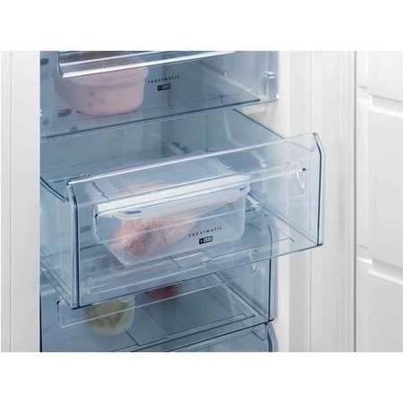 GRADE A3  - AEG AGS88800F1 87x56cm In-column Integrated Freezer