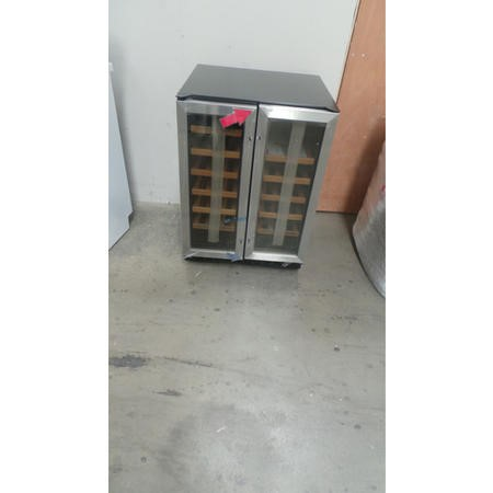 GRADE A2  - CDA FWC623SS 60cm Wide Freestanding Under Counter Double Door Wine Cooler Stainless Stee