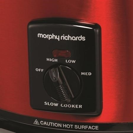 Morphy Richards 48702 3.5L Sear and Stew Slow Cooker - Red