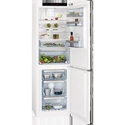 GRADE A3 - AEG S83420CTW2 White Frost Free Freestanding Fridge Freezer With ProFresh Drawer