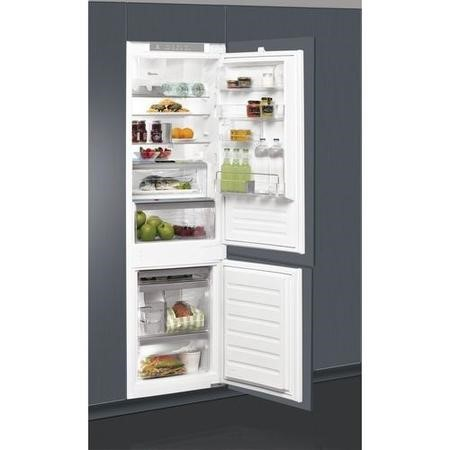 Whirlpool ART8910ASF 70-30 Integrated Fridge Freezer