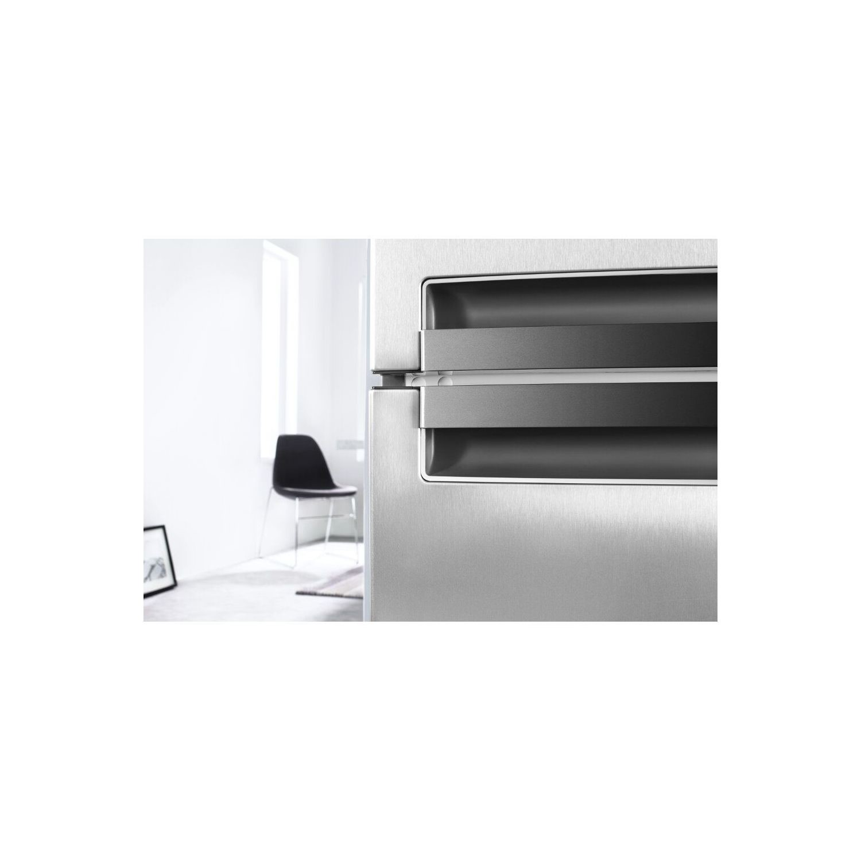 Whirlpool BSNF8451OXAQ Supreme 188x60cm No Frost Freestanding Fridge  Freezer - Stainless Steel