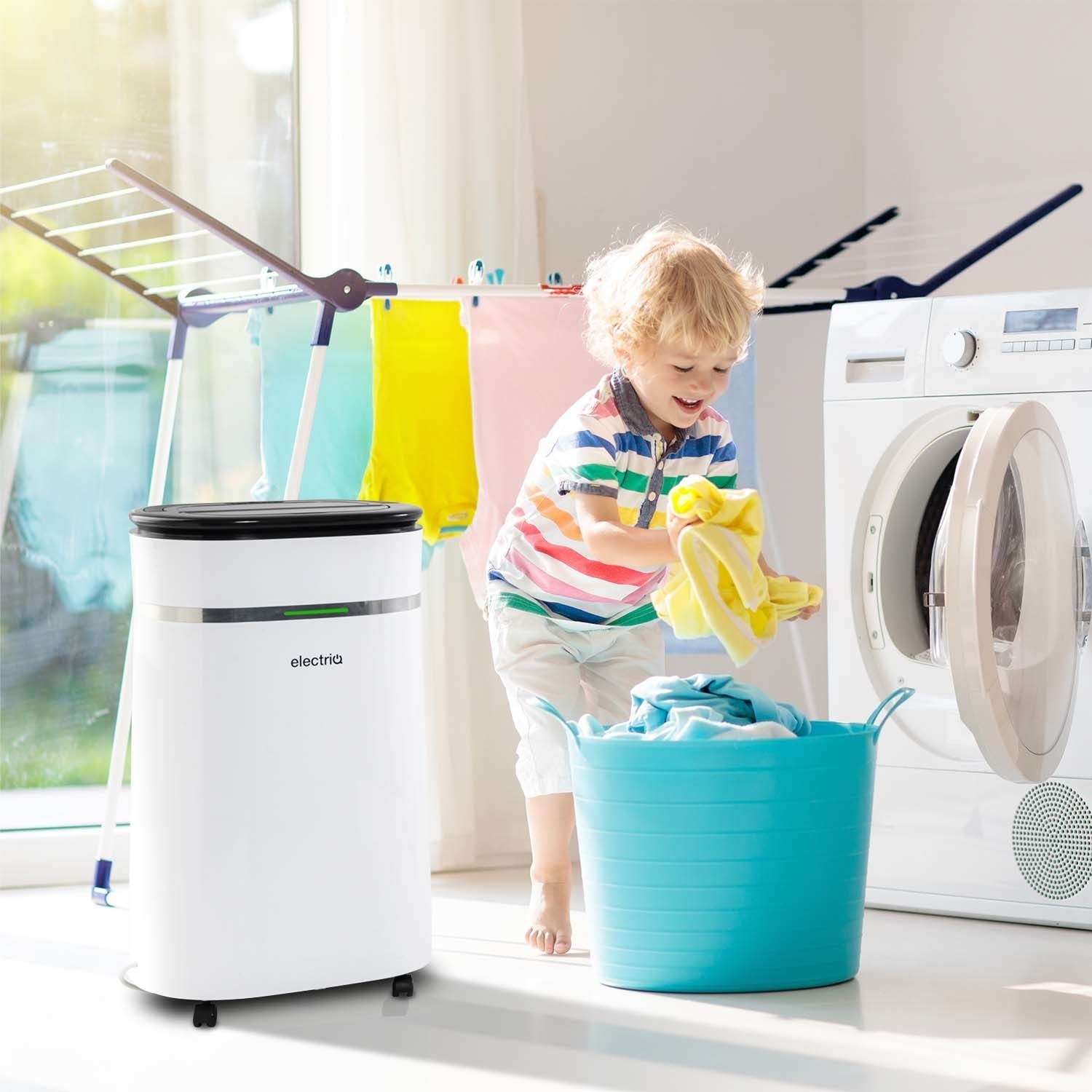 electriq 12 litre low energy dehumidifier for up to 3 bed. Black Bedroom Furniture Sets. Home Design Ideas