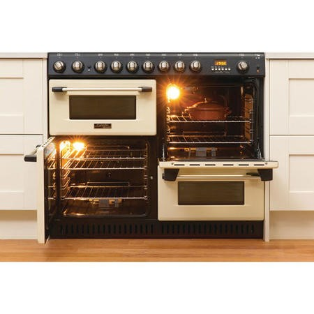 Hotpoint CH10755GFS Traditional 100cm Gas Range Cooker - Cream