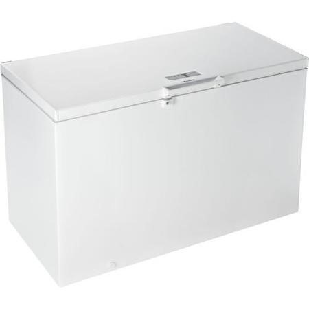 Hotpoint CS1A400FMH Freestanding Freezer in White