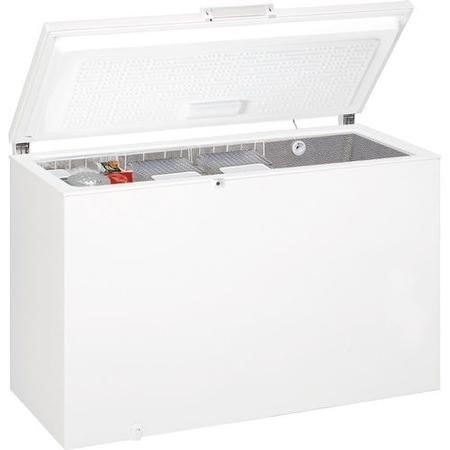 Hotpoint CS1A400HFA 142cm Wide 390L Chest Freezer - White