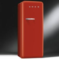 Smeg CVB20RR1 50's Retro Style Right Hand Hinge Freestanding Freezer - Red