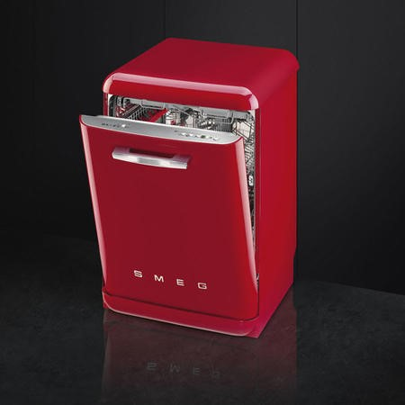 Smeg 50's Retro Style DF6FABRD 13 Place Freestanding Dishwasher - Red
