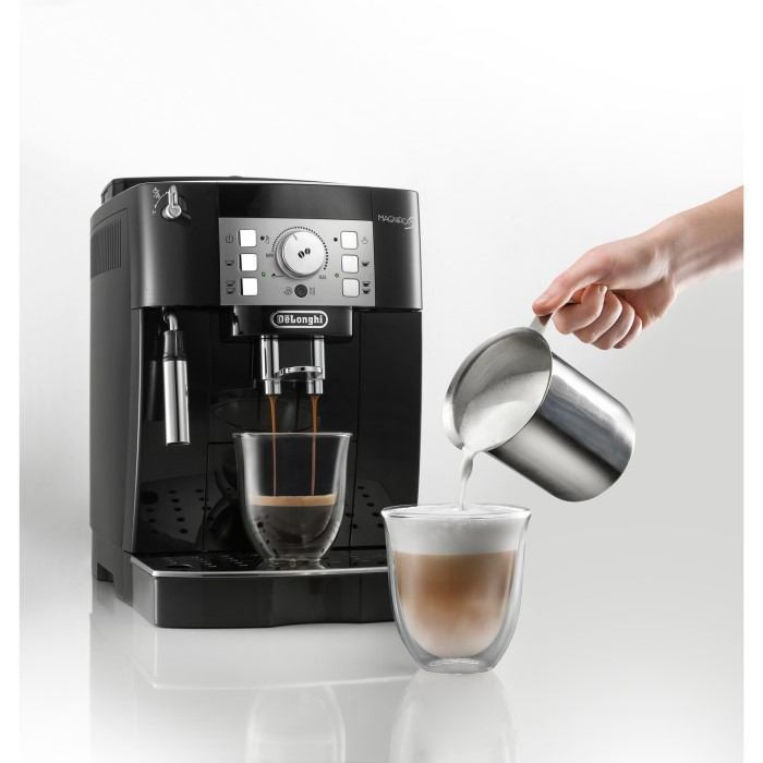 de longhi magnifica s fully automatic bean to cup coffee machine black appliances. Black Bedroom Furniture Sets. Home Design Ideas