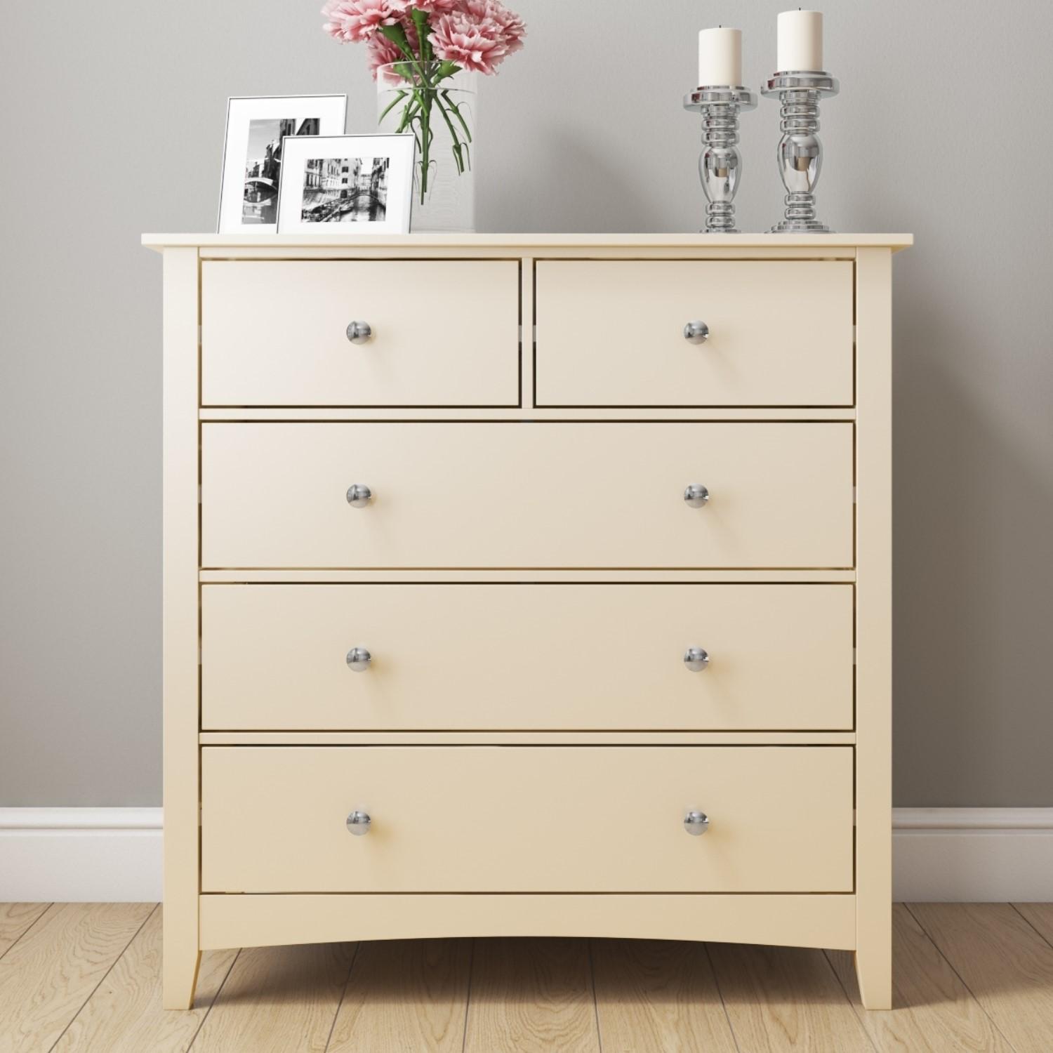White Chest Of Drawers Styling