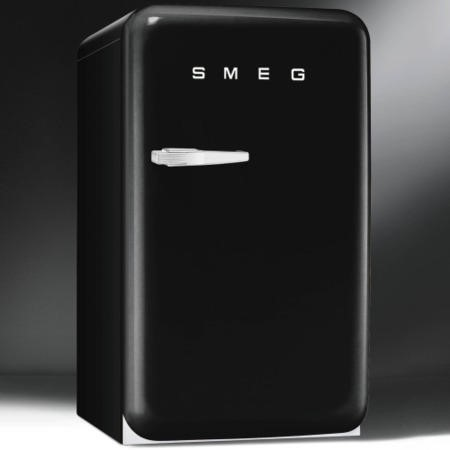 Smeg FAB10HRNE 55cm Wide Retro Style Right Hinge Freestanding Fridge - Black