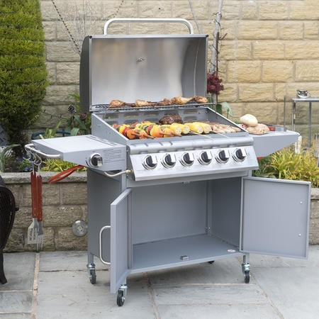 The Georgia Classic 6 Burner Gas BBQ with Side Burner. Includes FREE BBQ Cover and Utensil Set