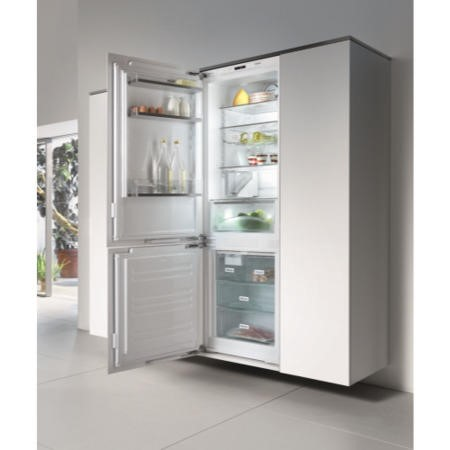 Miele KFN37452iDE 256 Litre 177 x 56cm 70-30 Frost Free Integrated Fridge Freezer With Dynamic Cooli