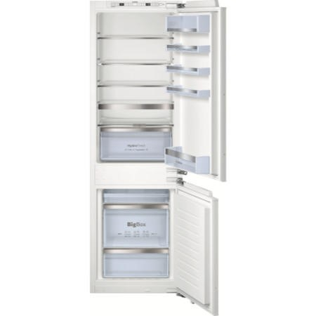 GRADE A1 - Bosch Frost Free Integrated Fridge Freezer With HydroFresh Drawer