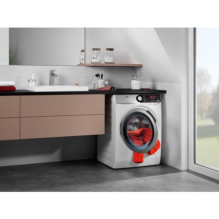 AEG L7WEE965R 7000 Series 9kg Wash 6kg Dry 1600rpm Freestanding Washer Dryer-White