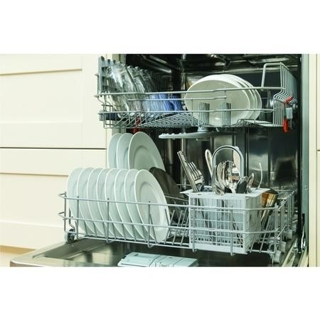 Hotpoint Aquarius LTB4B019 13 Place Fully Integrated Dishwasher