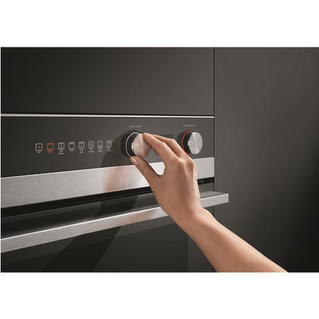Fisher & Paykel OB60SC7CEPX1 Classic 72 L 7 Function Pyroclean Electric Single Black Glass & Stainle