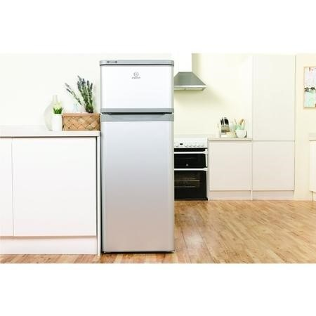 Indesit RAA29S Top Mount Freestanding Fridge Freezer Silver