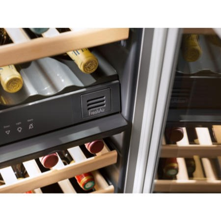 Liebherr UWT1682 Black Built-under Multi Temperature Wine Cabinet