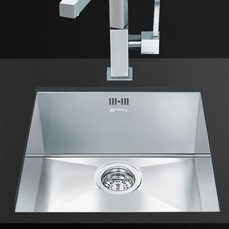 Smeg Quadra Single Bowl Stainless Steel Chrome Undermount Kitchen Sink