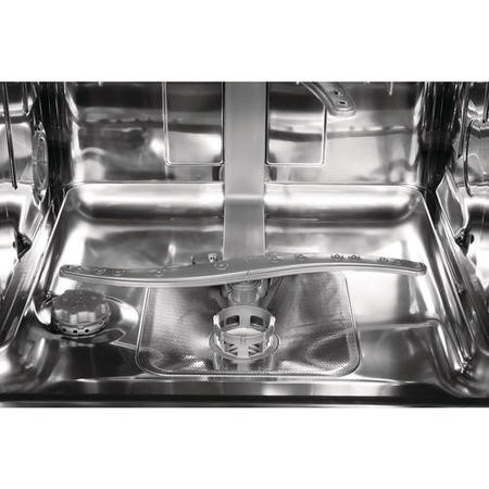 Whirlpool WIE2B19 13 Place Fully Integrated Dishwasher