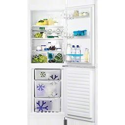Zanussi ZRB32212WA Free-Standing Fridge Freezer in White