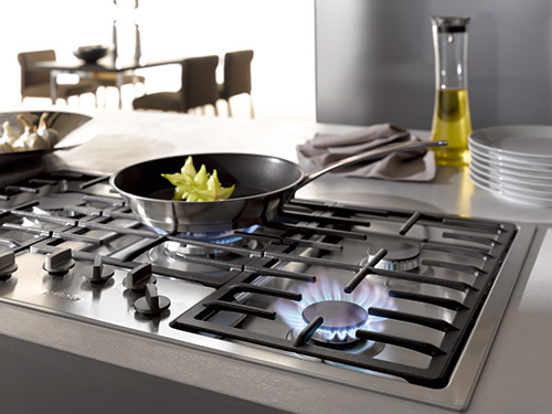 Gas Hobs with Electronic Controls