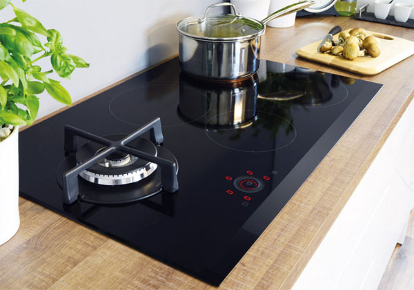 CDA hybrid gas and induction hob