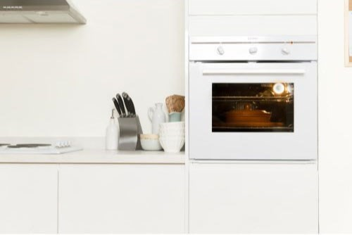 Indesit fim31kawh fanned electric built in single oven in for Eye level oven kitchen designs